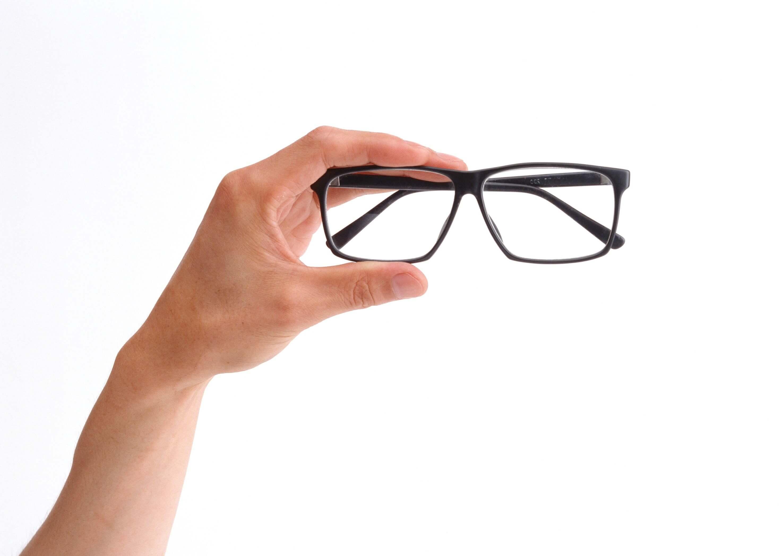 Офтальмологические заболевания: закрытоугольная глаукома, специфика болезни, клиническая картина и факторы риска развития заболевания