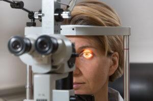Офтальмоскопия обратная