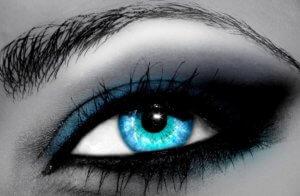 контактные линзы для глаз