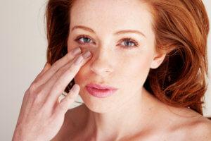 Массаж для глаз от морщин, показания, методика,эффективность