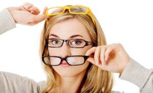 Близорукость: какие очки нужны, плюс или минус