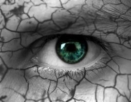 Капли от сухости глаз: список эффективных глазных средств