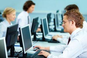 Работа за компьютером: советы о том, как не испортить зрение