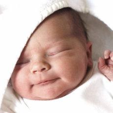 Глаза новорожденного особенно подвержены инфицированию