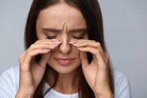 Почему глаза больно поворачивать и что с этим делать