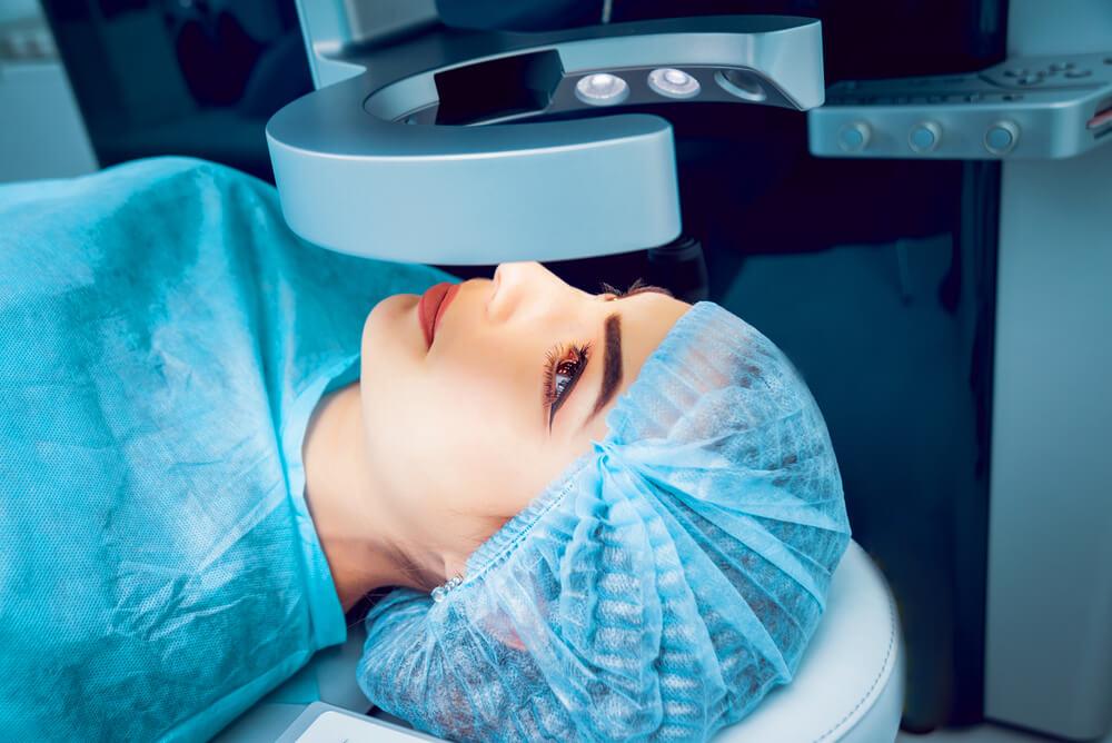 Можно ли корректировать зрение нерожавшим